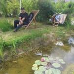 Ahmed, jardinier sur l'espace Compostri, profite de l'instant présent en attendant les visieurs !